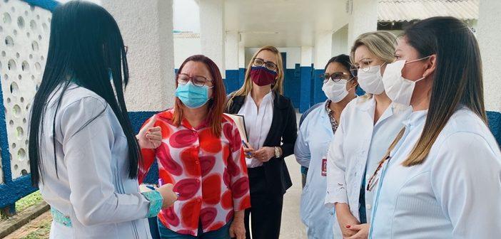 Em busca de melhorias, vereadora Alba Leal visita Hospital Municipal de Santarém