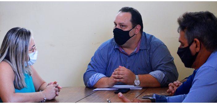 Angelo Tapajós visita DIVISA, buscando informações da vacinação contra a Covid em Santarém